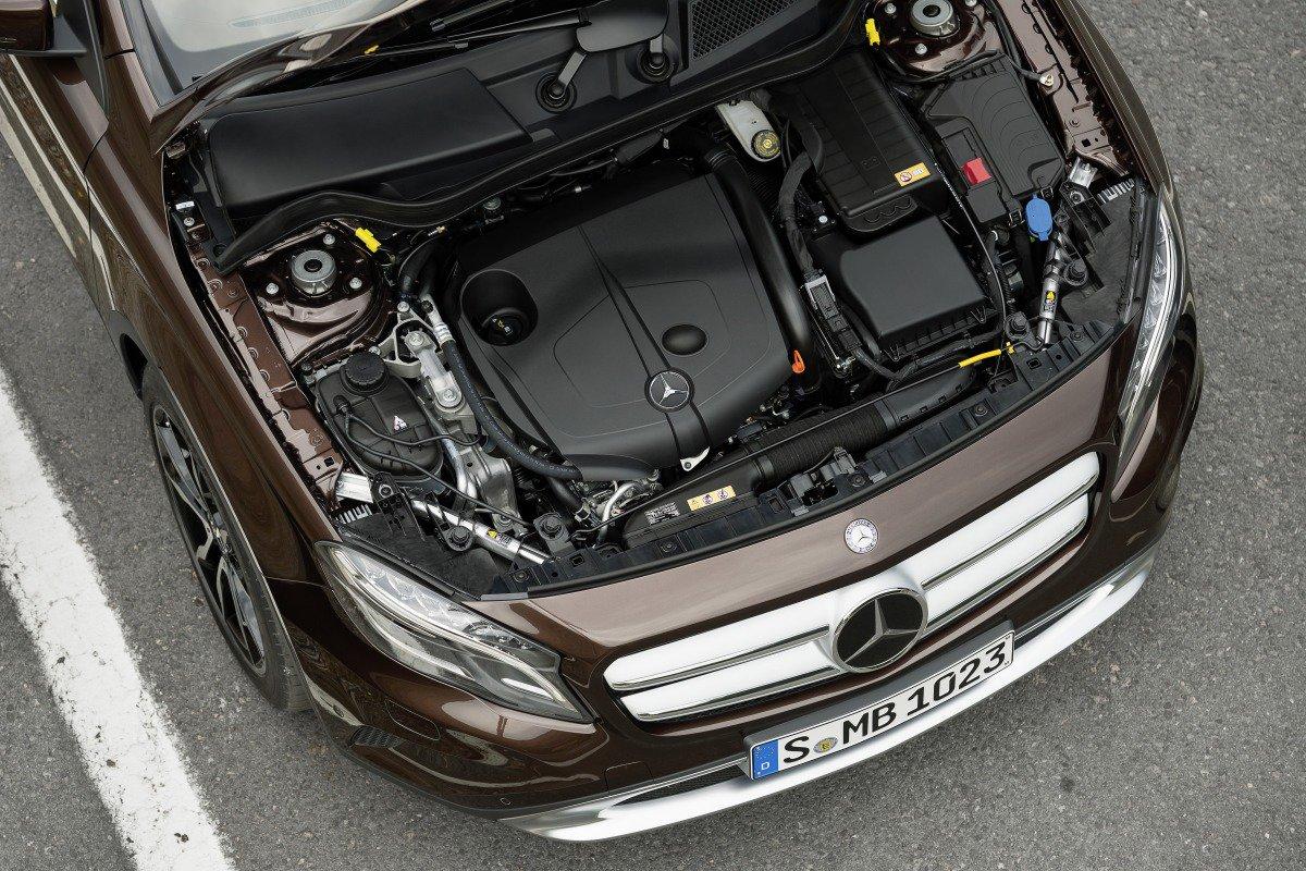 Mercedes-Benz GLA: дизельный двигатель 2.2 л, 170 л. с.