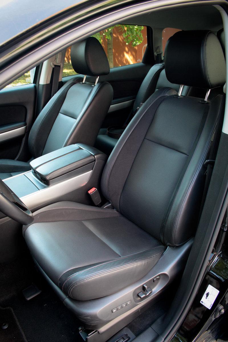 Передние кресла Mazda CX-9