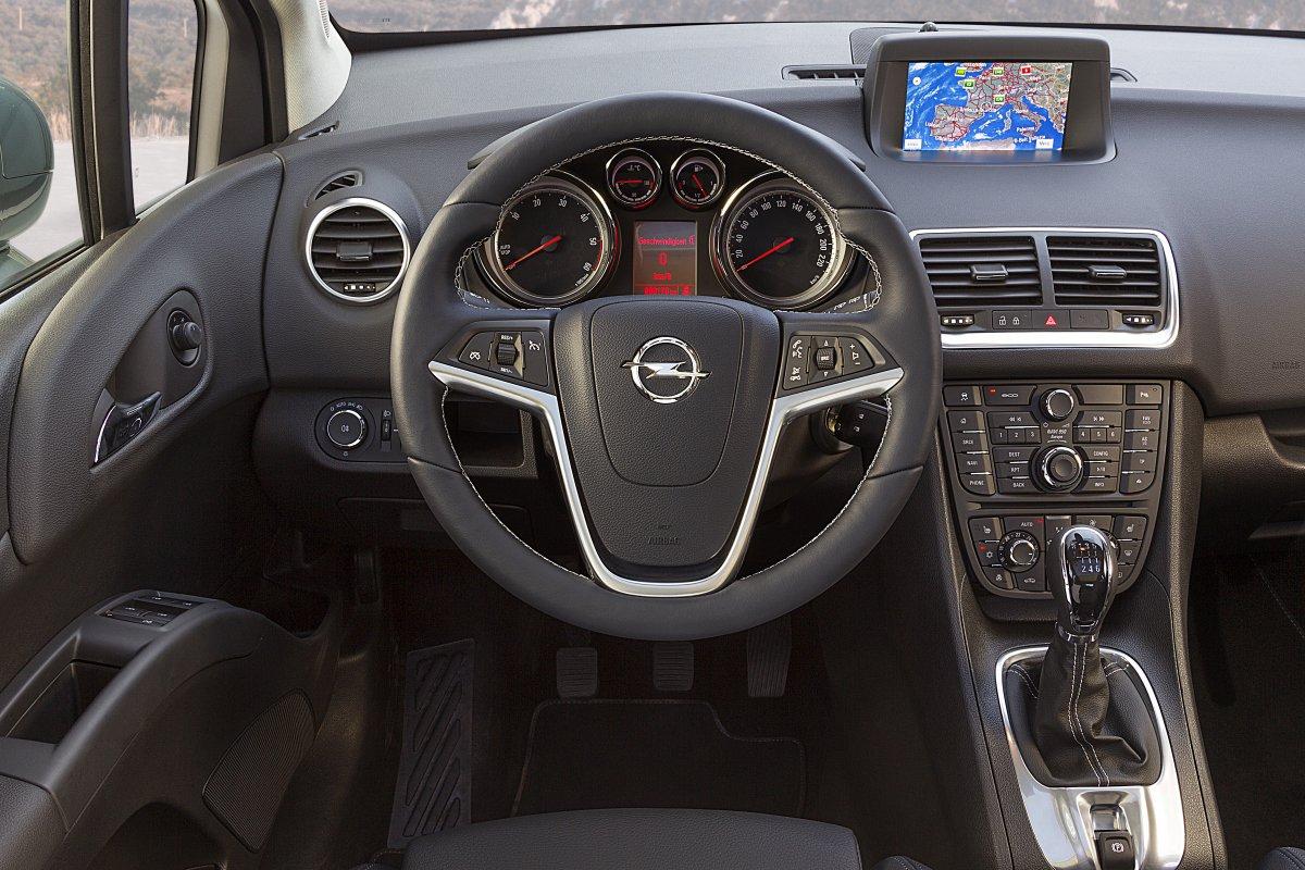 Opel Meriva: интерьер