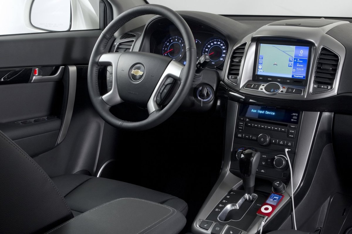 Chevrolet Captiva: интерьер