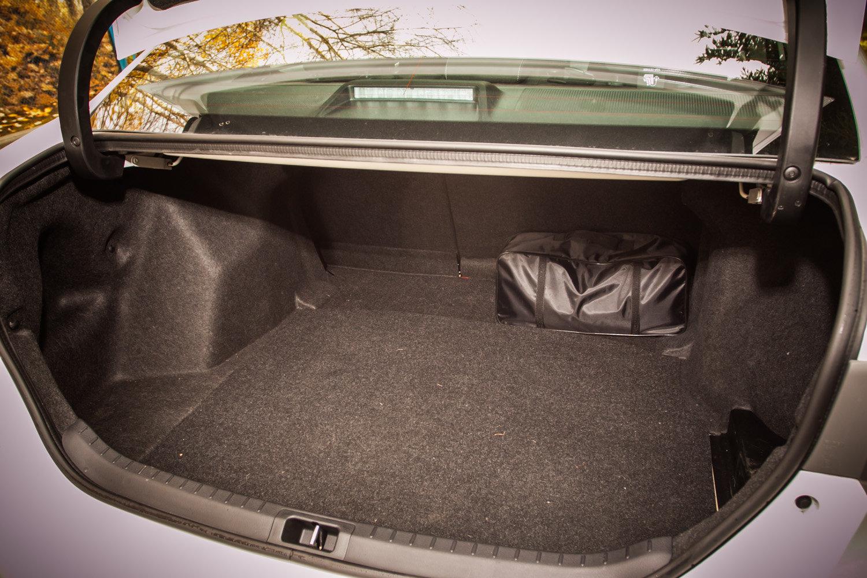Багажник Toyota Corolla