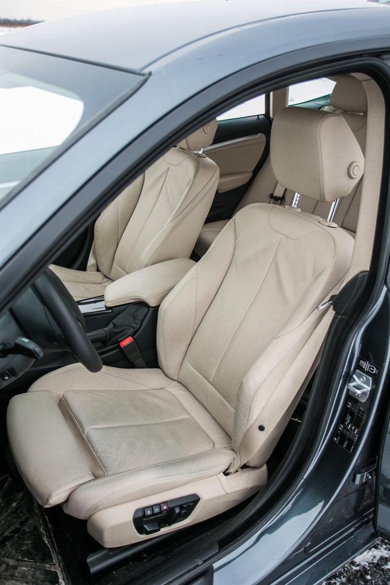 Передние кресла BMW 320d GT