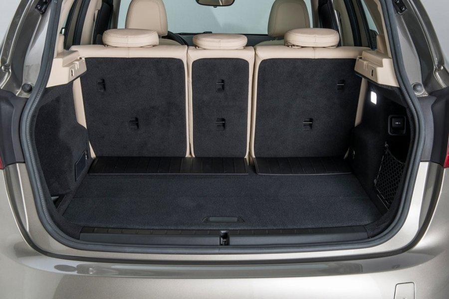 BMW 2 Series Active Tourer: багажник