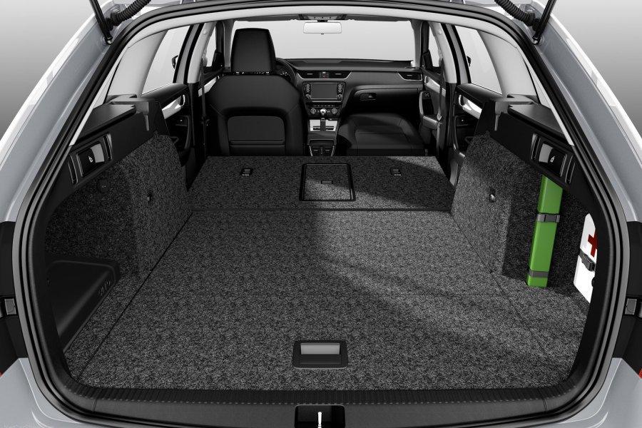 легковые автомобили универсалы фото и цены
