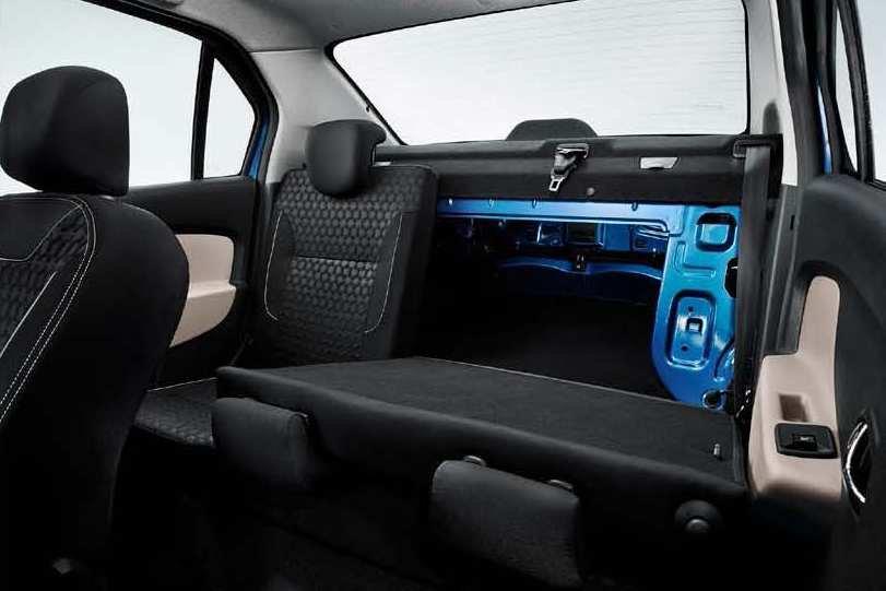 Новый Renault Logan: складная спинка заднего сиденья