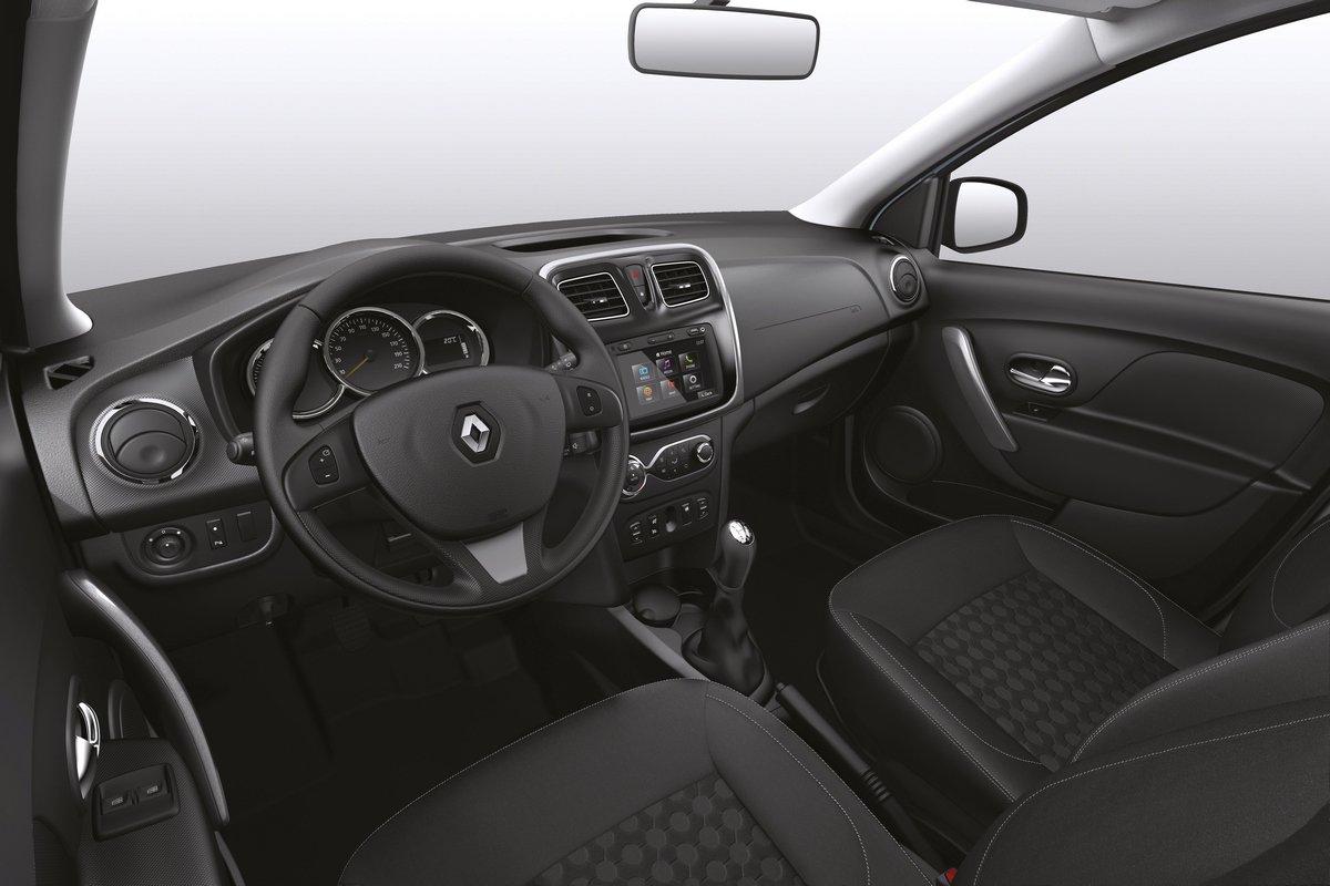 Интерьер Renault Logan