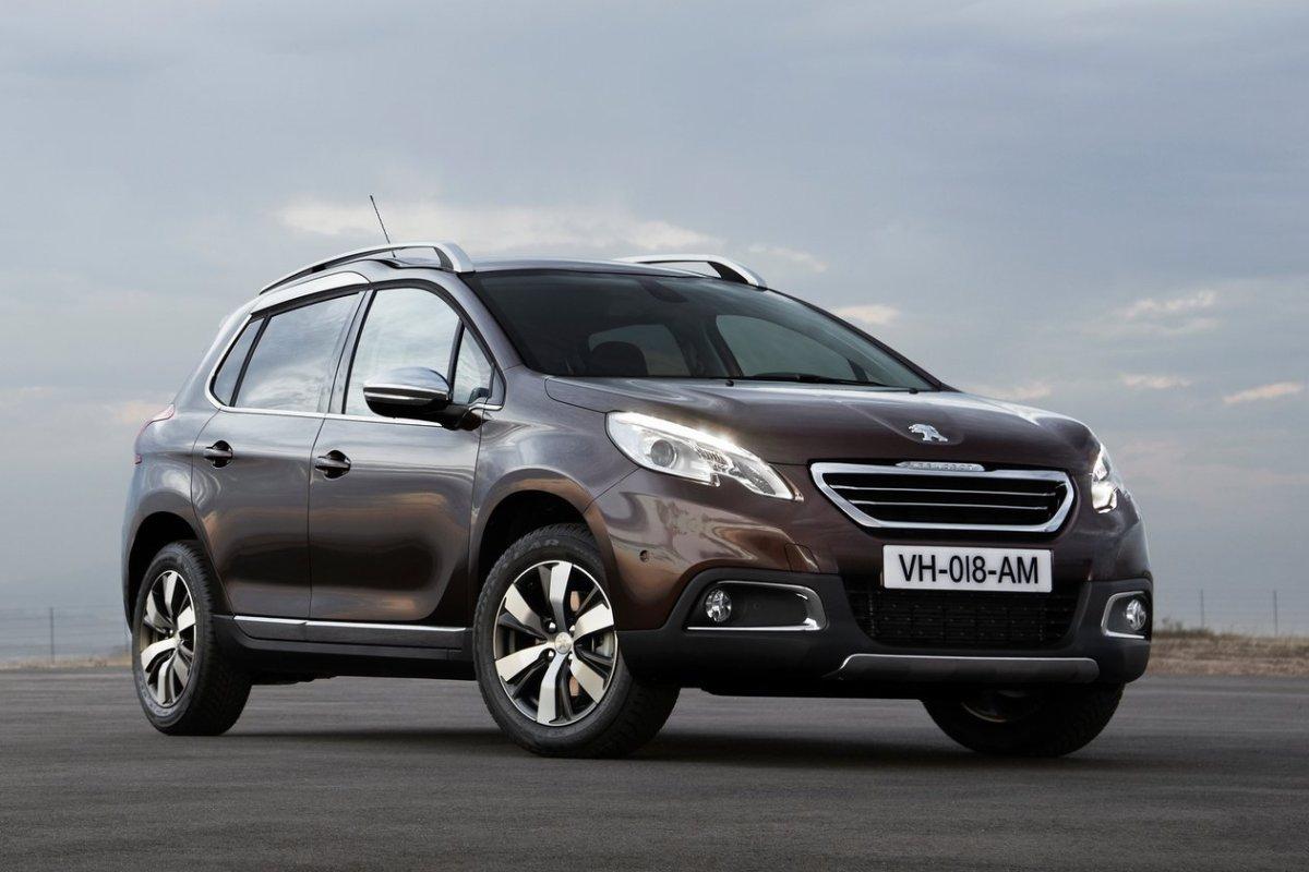Peugeot-2008_2014.jpg