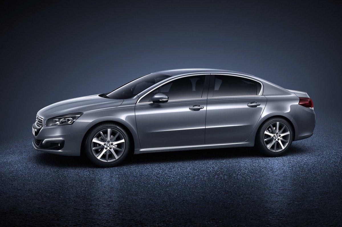 Peugeot-508_2015_02.jpg