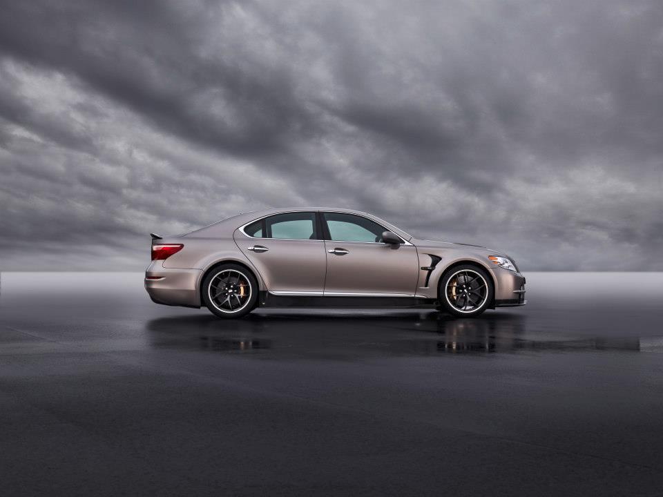 BMW M4-2.jpg