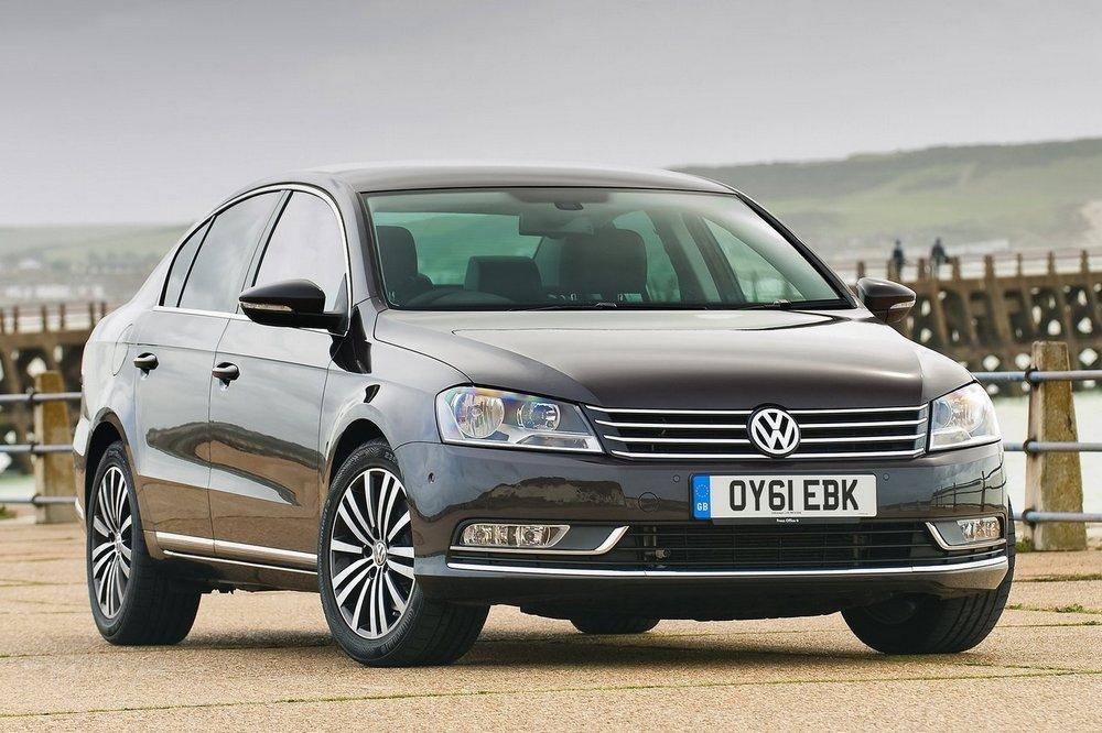 Volkswagen-Passat_2011_1600x1200_wallpaper_02.jpg