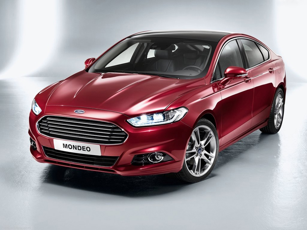 Ford-Mondeo_2013_1024x768_wallpaper_04.jpg
