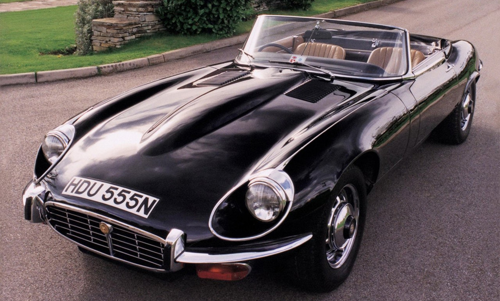 Jaguar-E-Type_1971.jpg