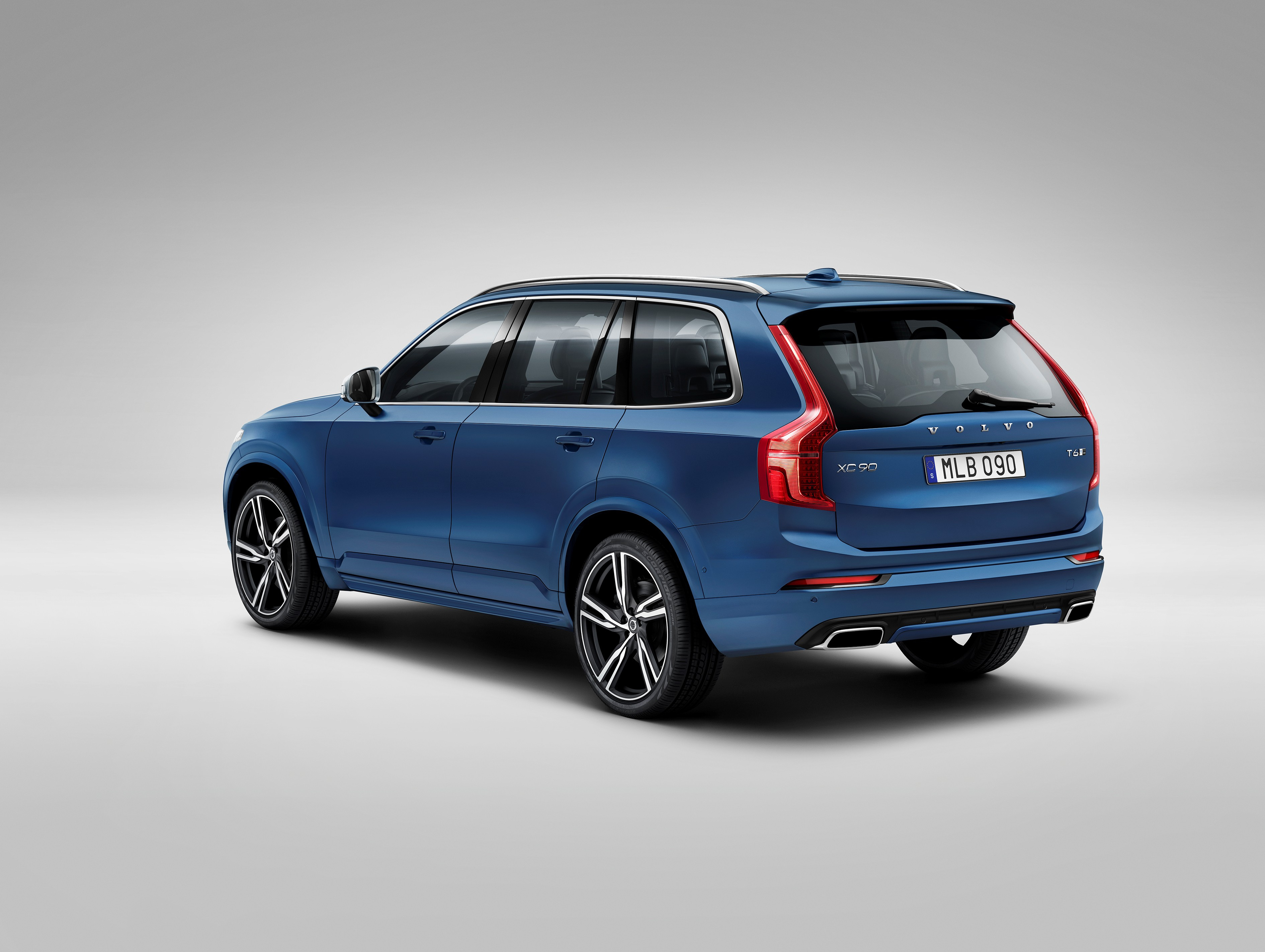 151949_The_all_new_Volvo_XC90_R_Design.jpg