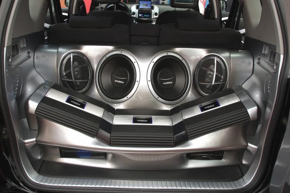 Как сделать в машине хороший звук своими руками