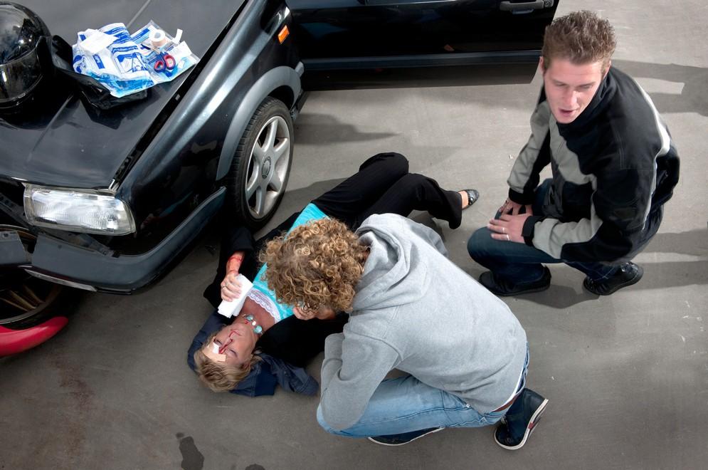 Как сделать так чтобы человек попал в аварию