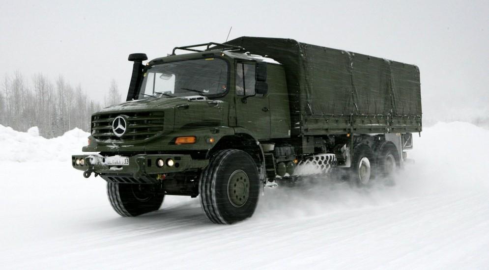 1autowp.ru_mercedes-benz_zetros_2733_military_truck_2.jpg