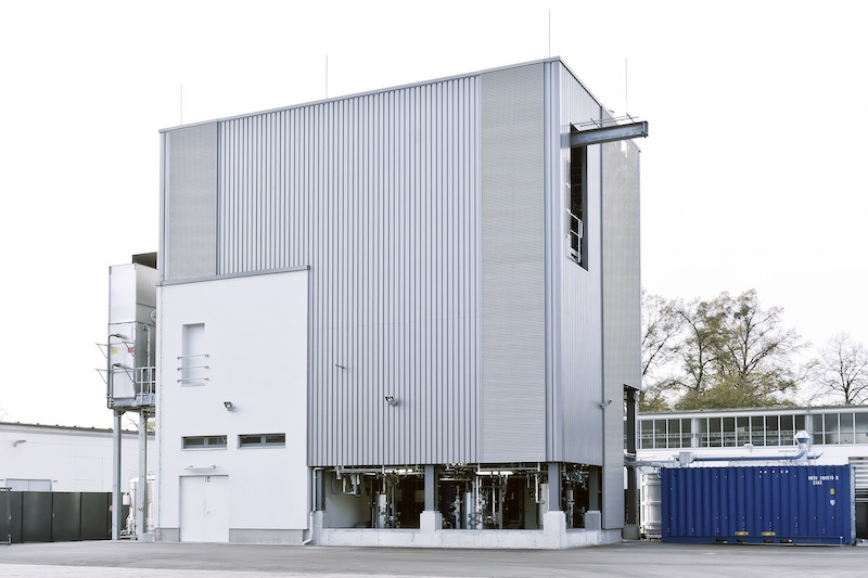Sunfire plant in Dresden_Germany to produce Audi e-diesel - out of carbon dioxide, water and green electricity.jpg