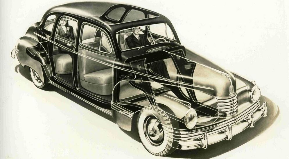 1280px-1942_Nash_Ambassador_X-ray.jpg