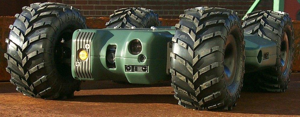 1Dragon Runner, a small, four-wheeled, rear-wheel drive, front-wheel steer, man-portable mobile ground sensor.jpg