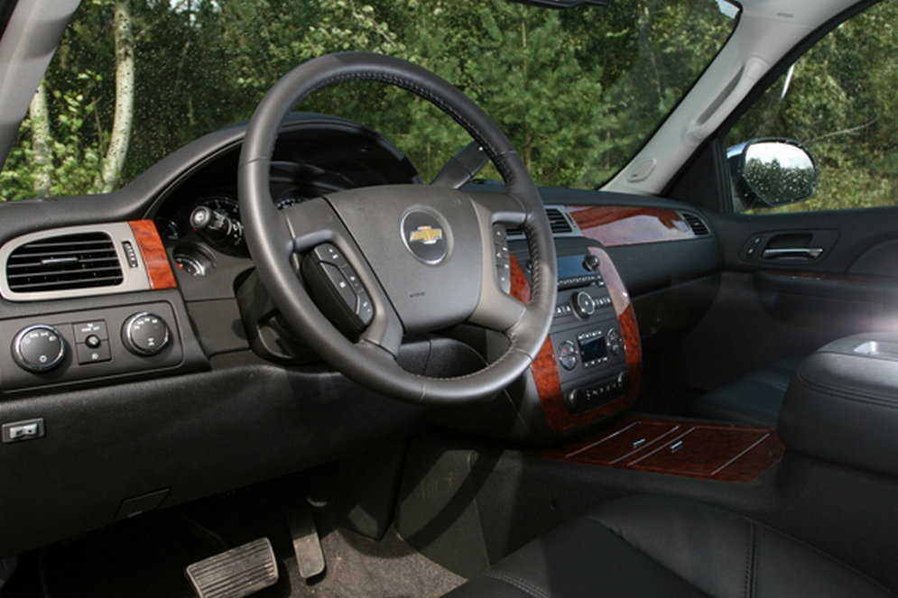 1theme_chevy_tahoe_4.jpg