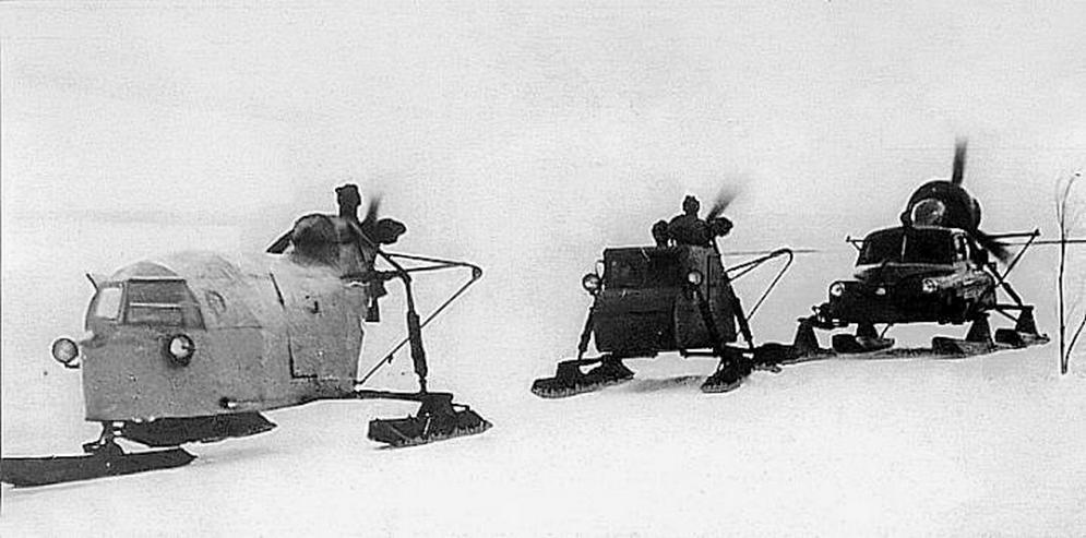 """1Аэросани """"Трехлыжка"""", НКЛ-16 и """"Север-2"""" первой партии на почтовой трассе. Район Комсомольска-на-Амуре, ноябрь 1960 г..jpg"""