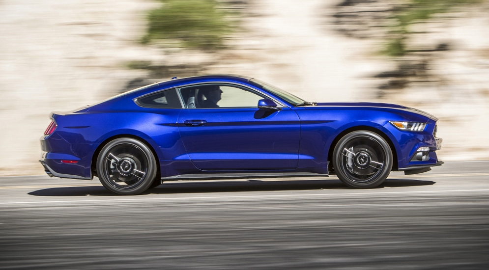 ford_mustang_ecoboost_coupe_16.jpeg