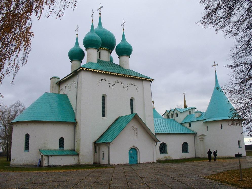 Kulikovo_pole_-_Hram_Sergiya_Radonezhskogo.jpg