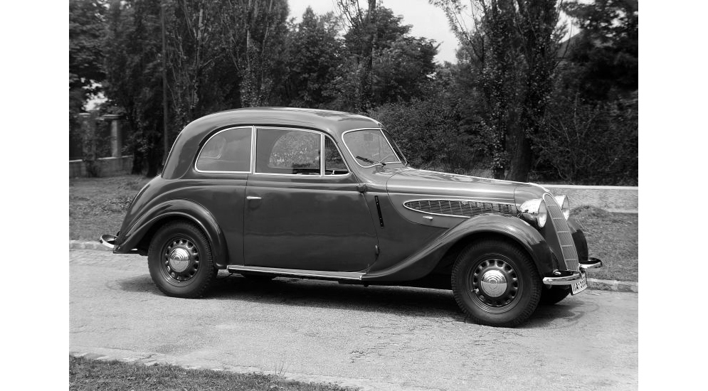 bmw_320_limousine.jpeg