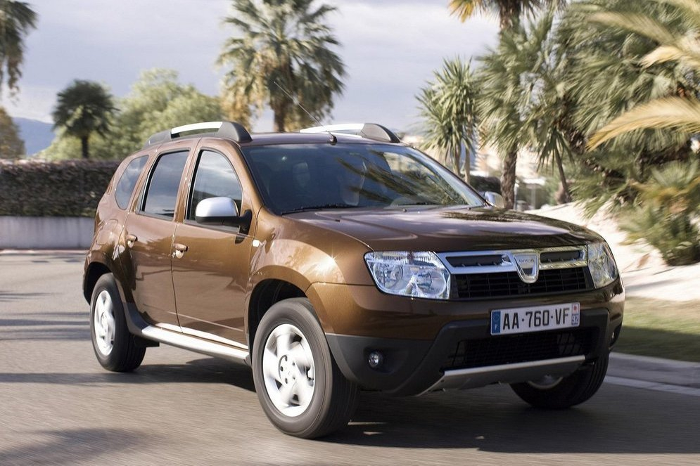 DACIA_DUSTER_2011_DESIGN_13.jpg