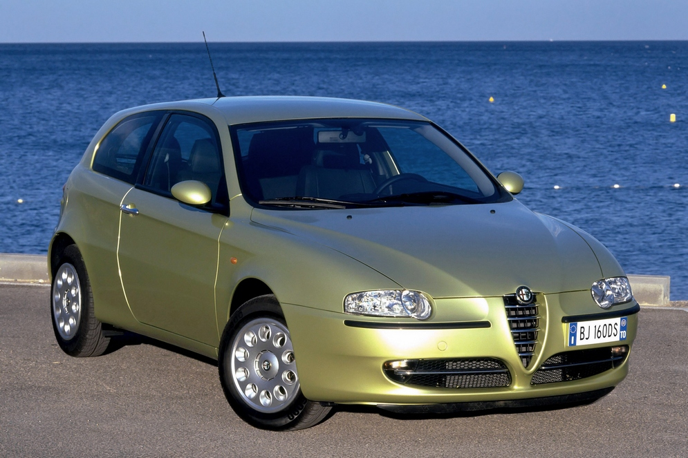 autowp.ru_alfa_romeo_147_3-door_uk-spec_17.jpg