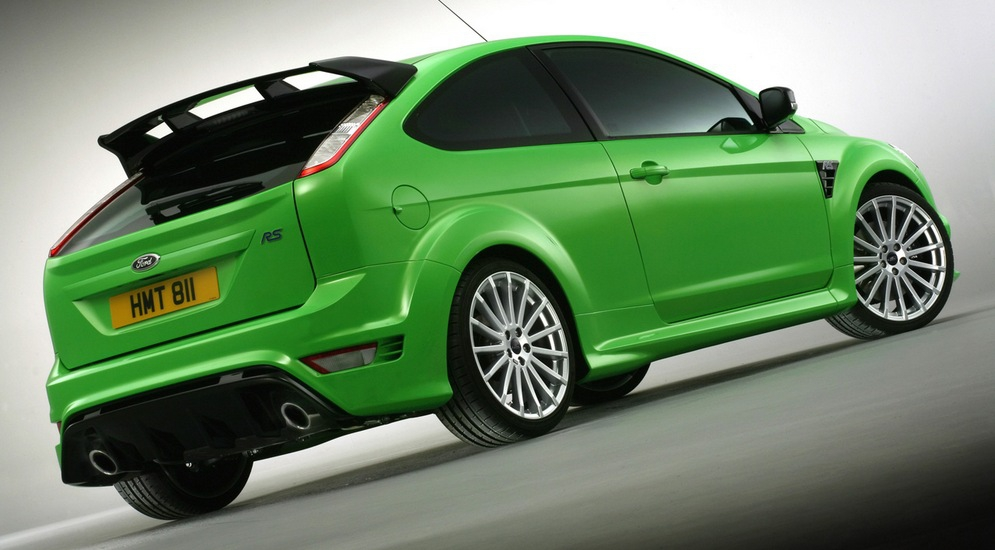 2009-Ford-Focus-RS-Rear-Angle-1280x960.jpg