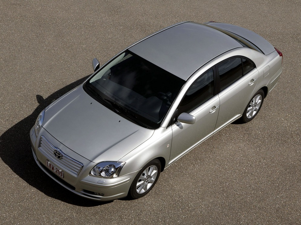 autowp.ru_toyota_avensis_sedan_20.jpg