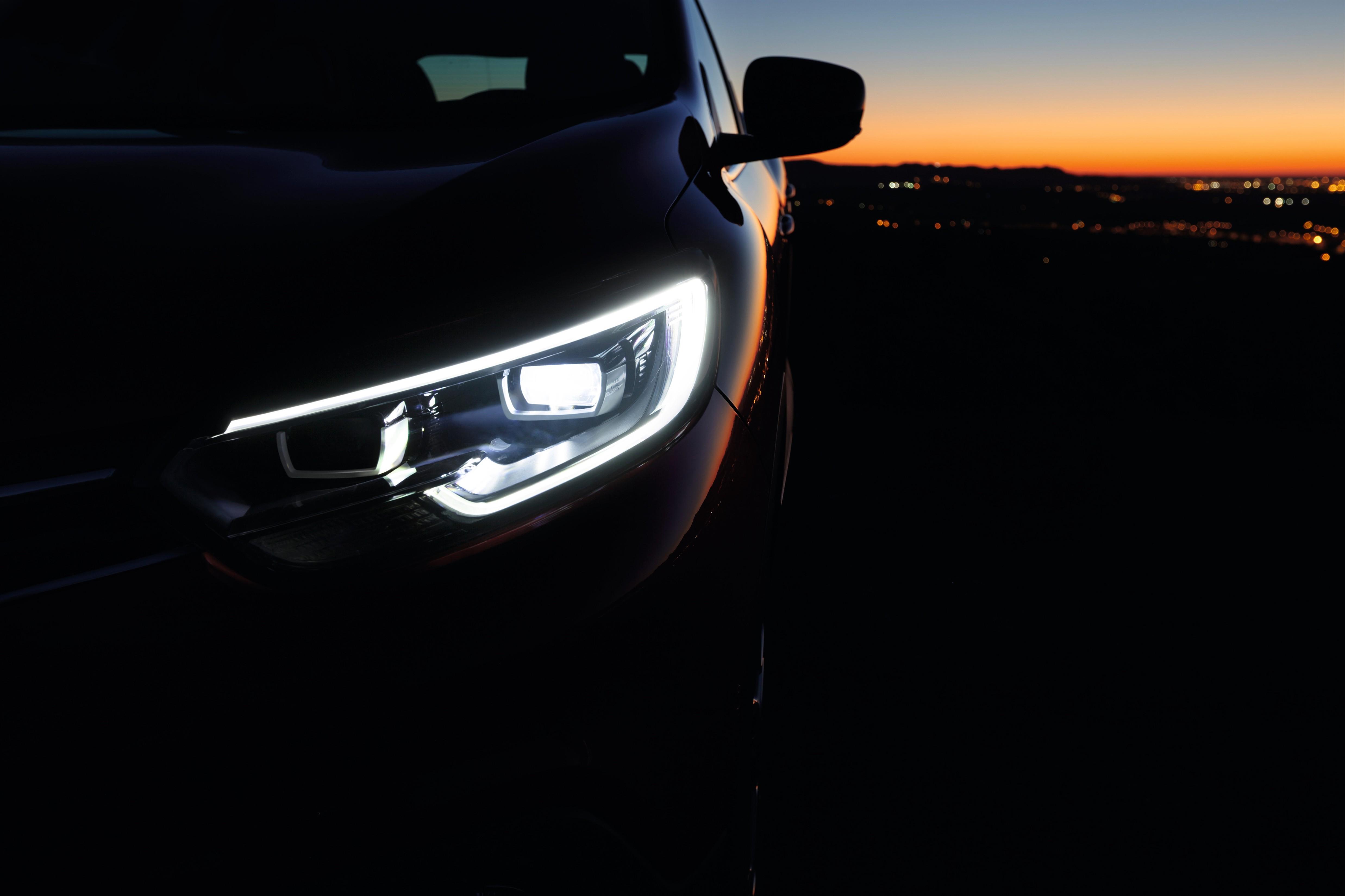 Renault_65521_global_en.jpg