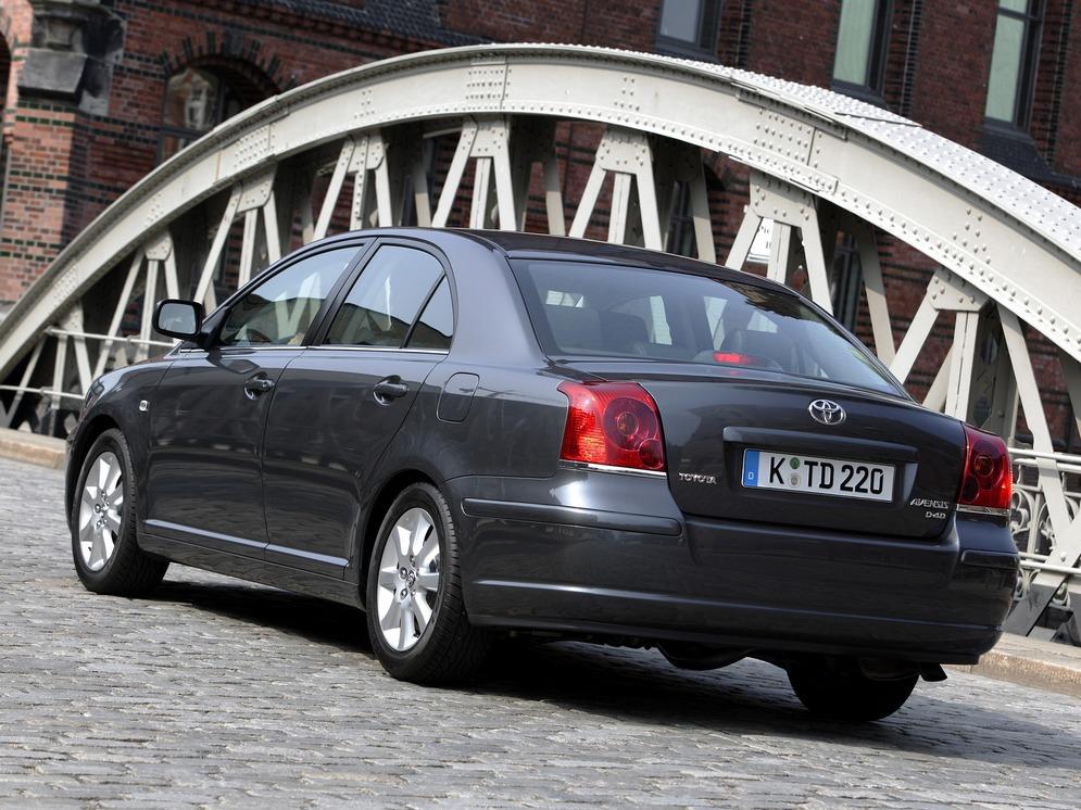 autowp.ru_toyota_avensis_sedan_41.jpg