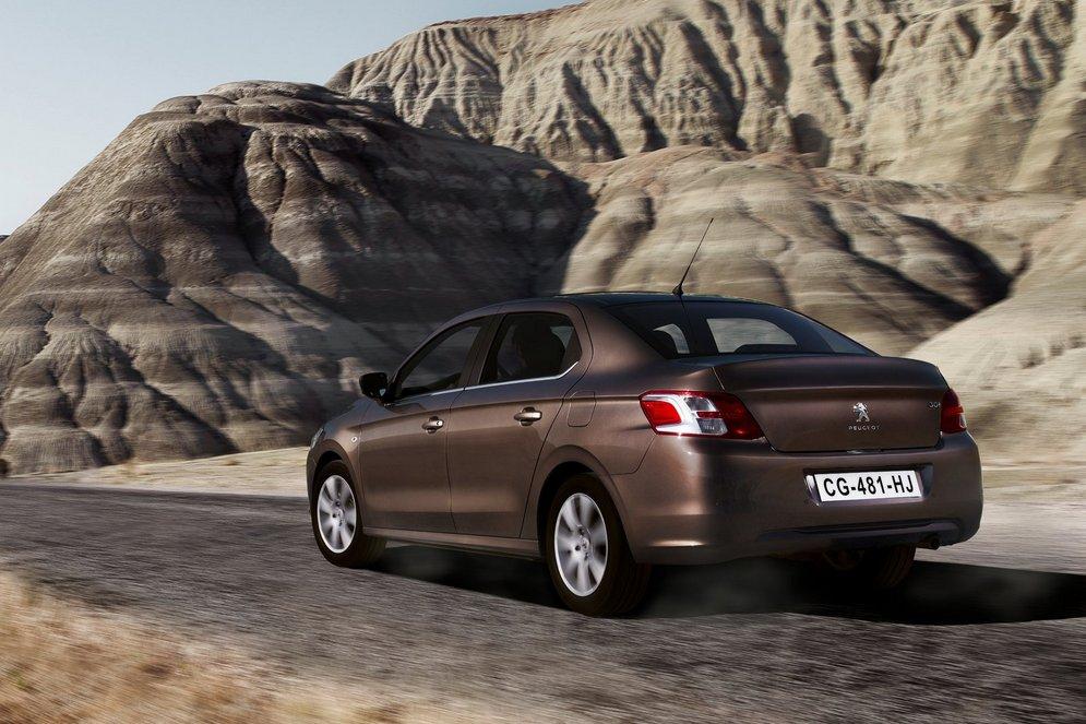 Peugeot-301_2013_1600x1200_wallpaper_10.jpg