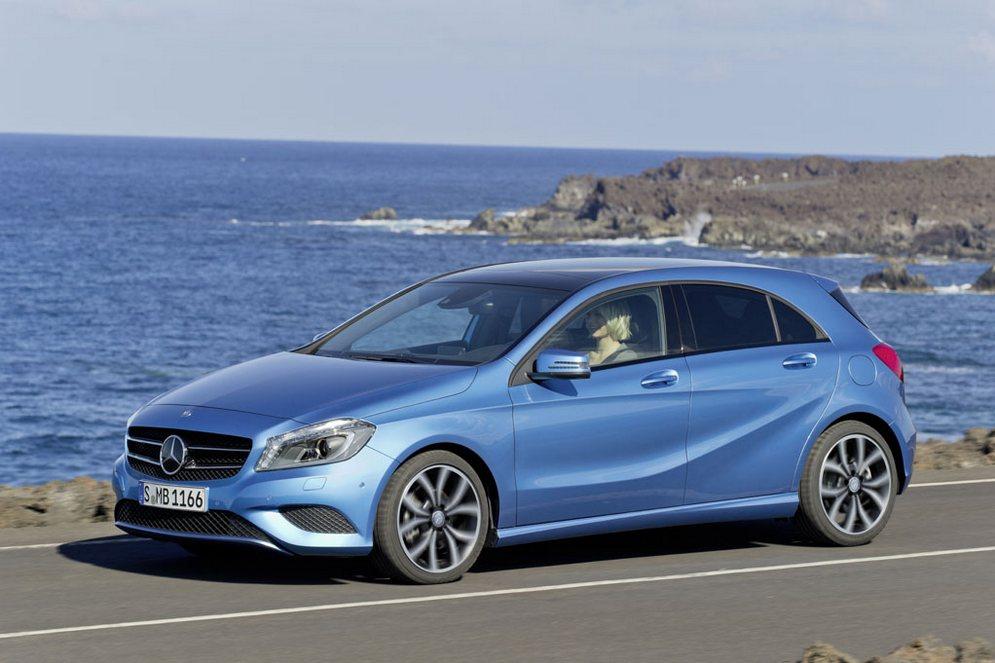 1359809965_043475-first-drive-2013-mercedes-benz-class-200-blueefficiency-ride-and.12-lg.jpg