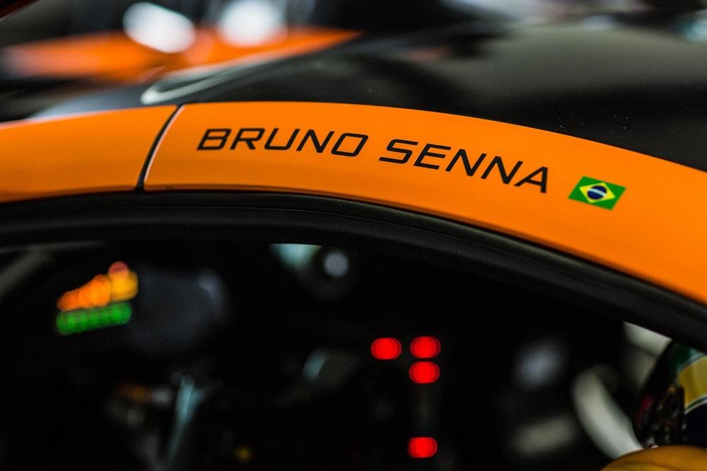 McLarenGT_Bruno_Senna-04.jpg