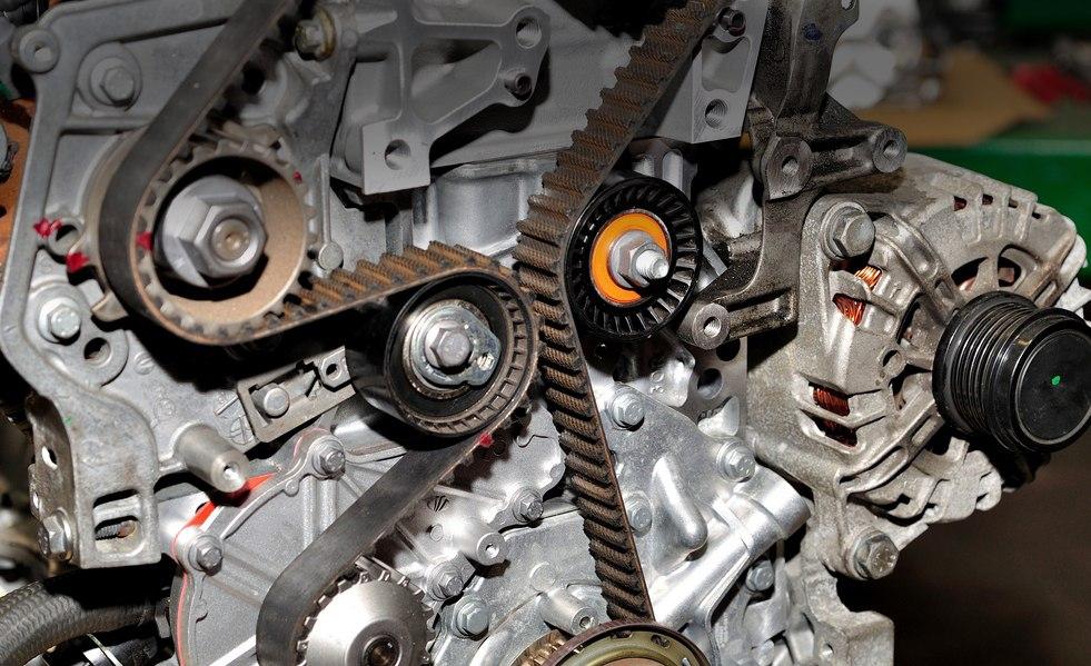 двигатель на bmw x3 ремень или цепь