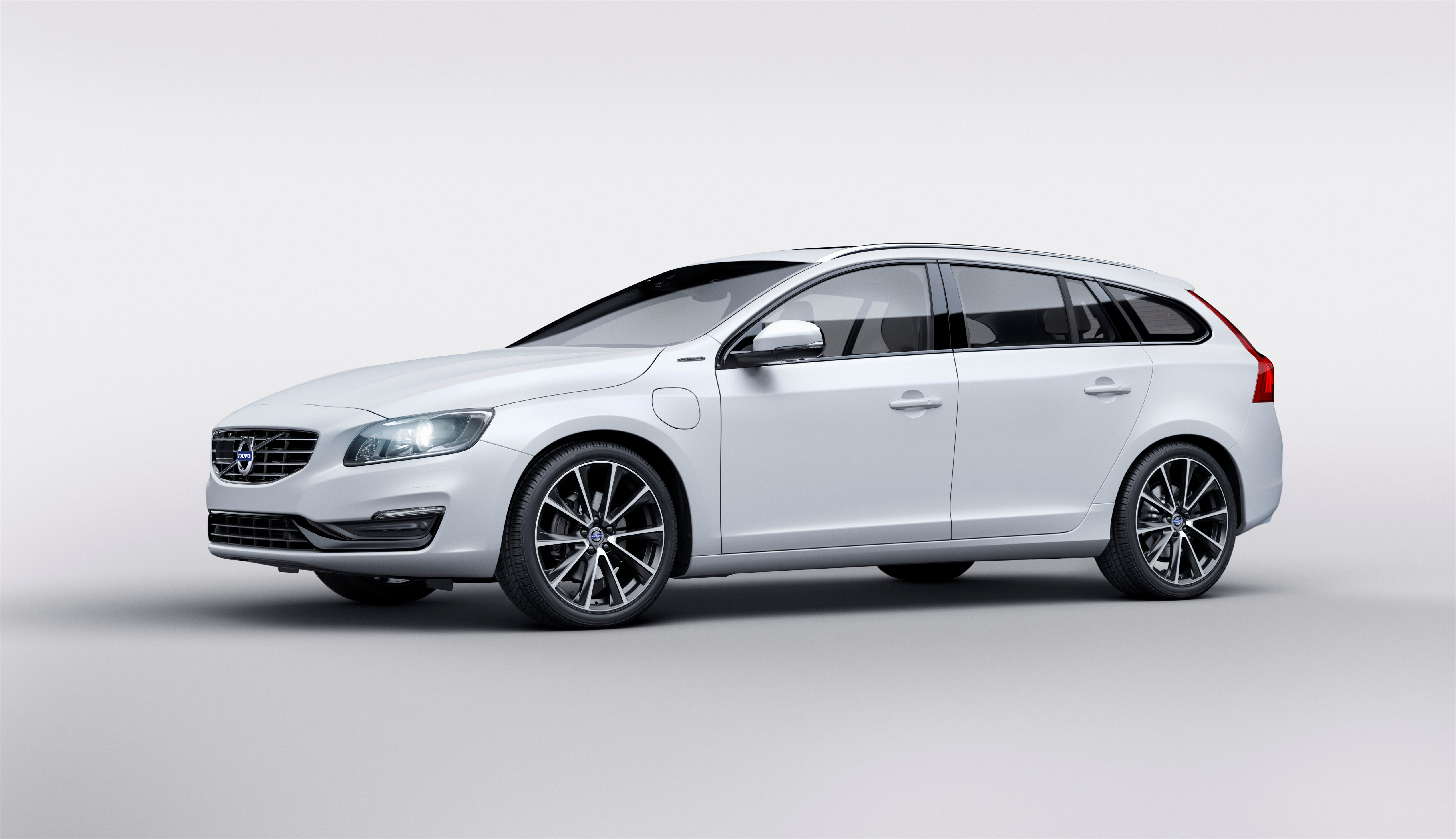 159238_Volvo_V60_Twin_Engine_Special_Edition.jpg