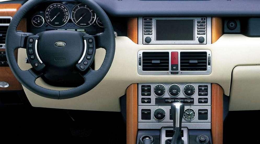 Land_Rover-Range_Rover_2003_1024x768_wallpaper_17.jpg