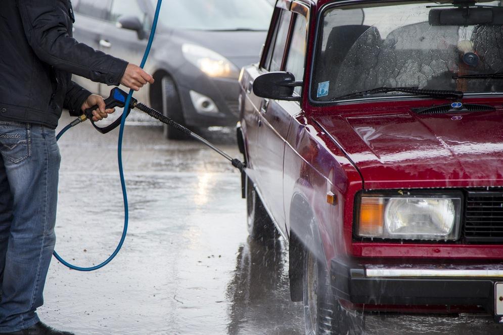 Как помыть машину на мойке самообслуживания