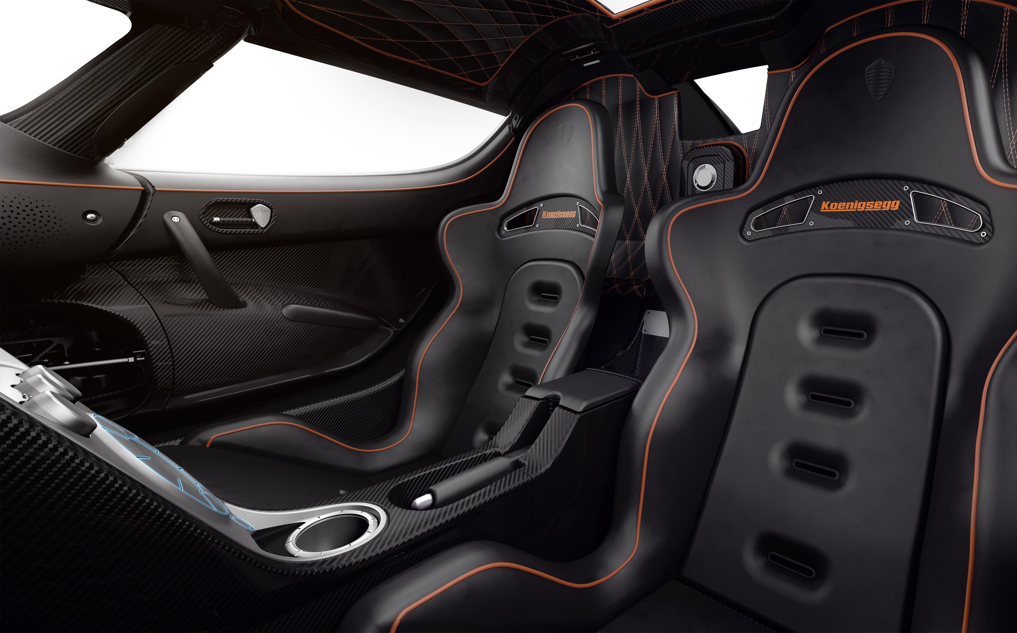Koenigsegg_AgeraRS_interior_seat.jpg