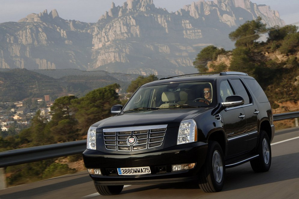 Cadillac-Escalade_European_Version_2007_1600x1200_wallpaper_02.jpg