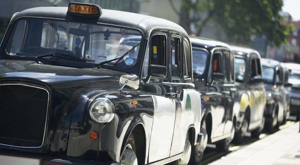 Отдать машину в аренду такси стоимость