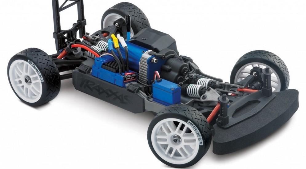 7307-3qtr-chassis-1024x682.jpg