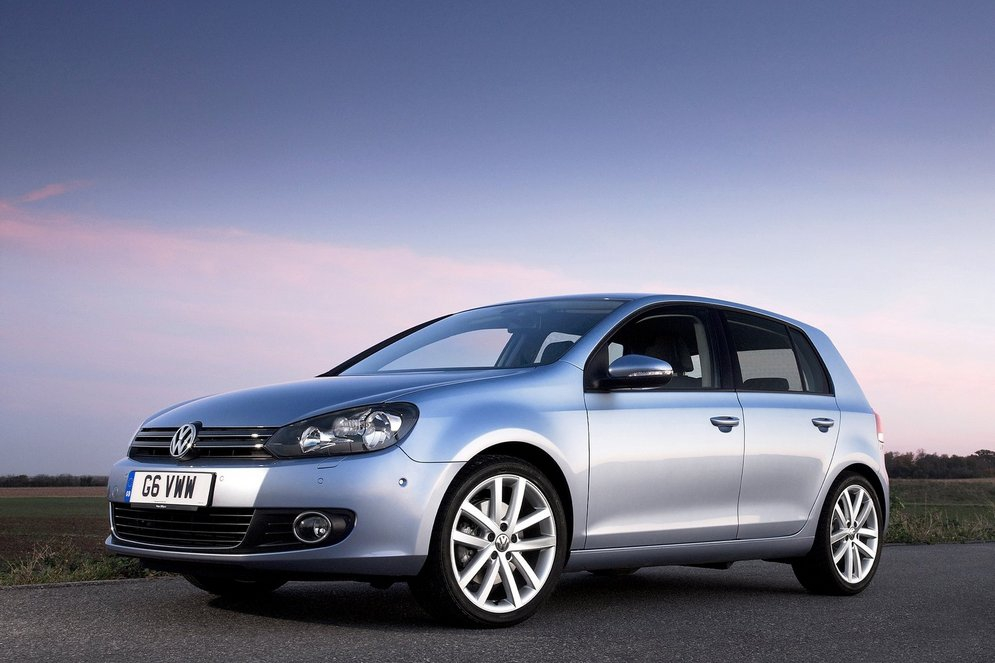 Volkswagen-Golf_2009_1600x1200_wallpaper_18.jpg