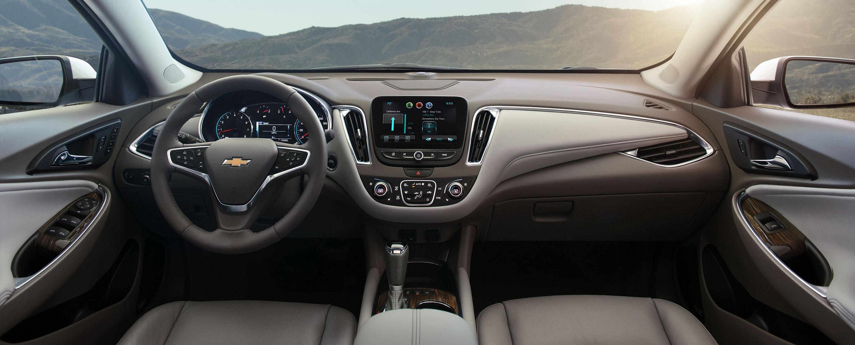 2016-Chevrolet-Malibu-010.jpg