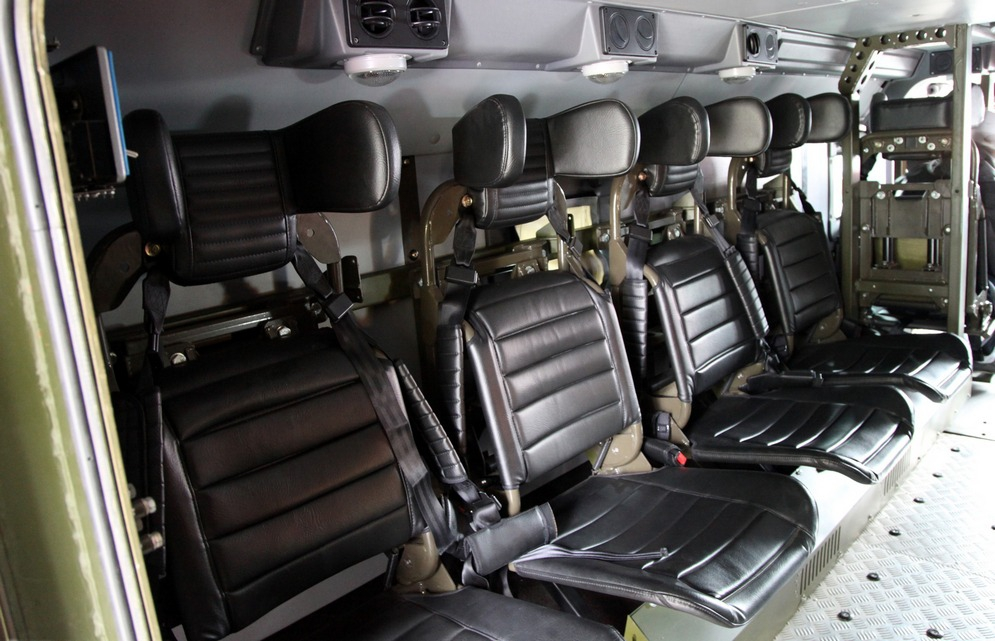 Ural-63099_armored_vehicle_inside-2012-07.jpg