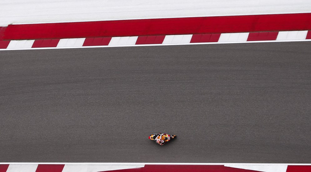 repsol-honda-s-marc-marquez-racing-to-victory-in-the-motogp-grand-prix-of-the-americas-2015-in-austin-texas.jpg