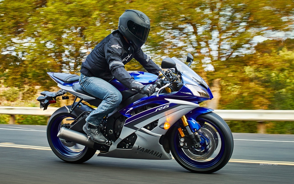 Yamaha-YZF-R6-2015-1280x800-001.jpg